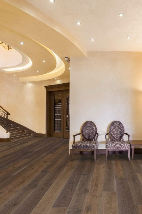 Laurentians-European engineered floors Oak-room