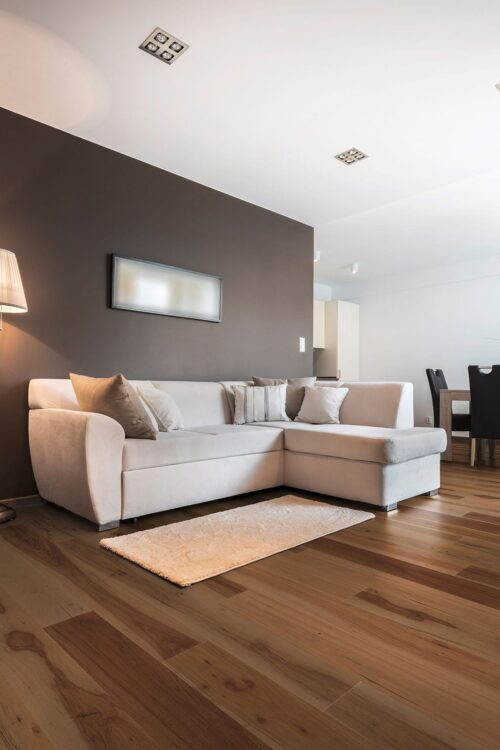 New Orleans-engineered hardwood pecan floors