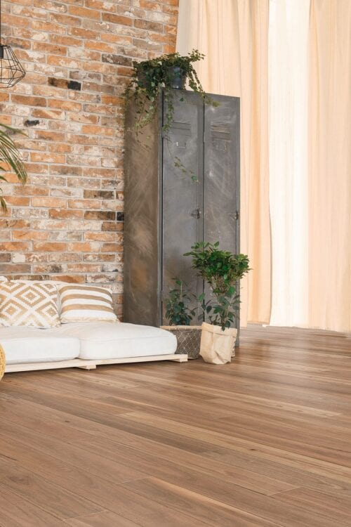 Spotted Gum-engineered floors