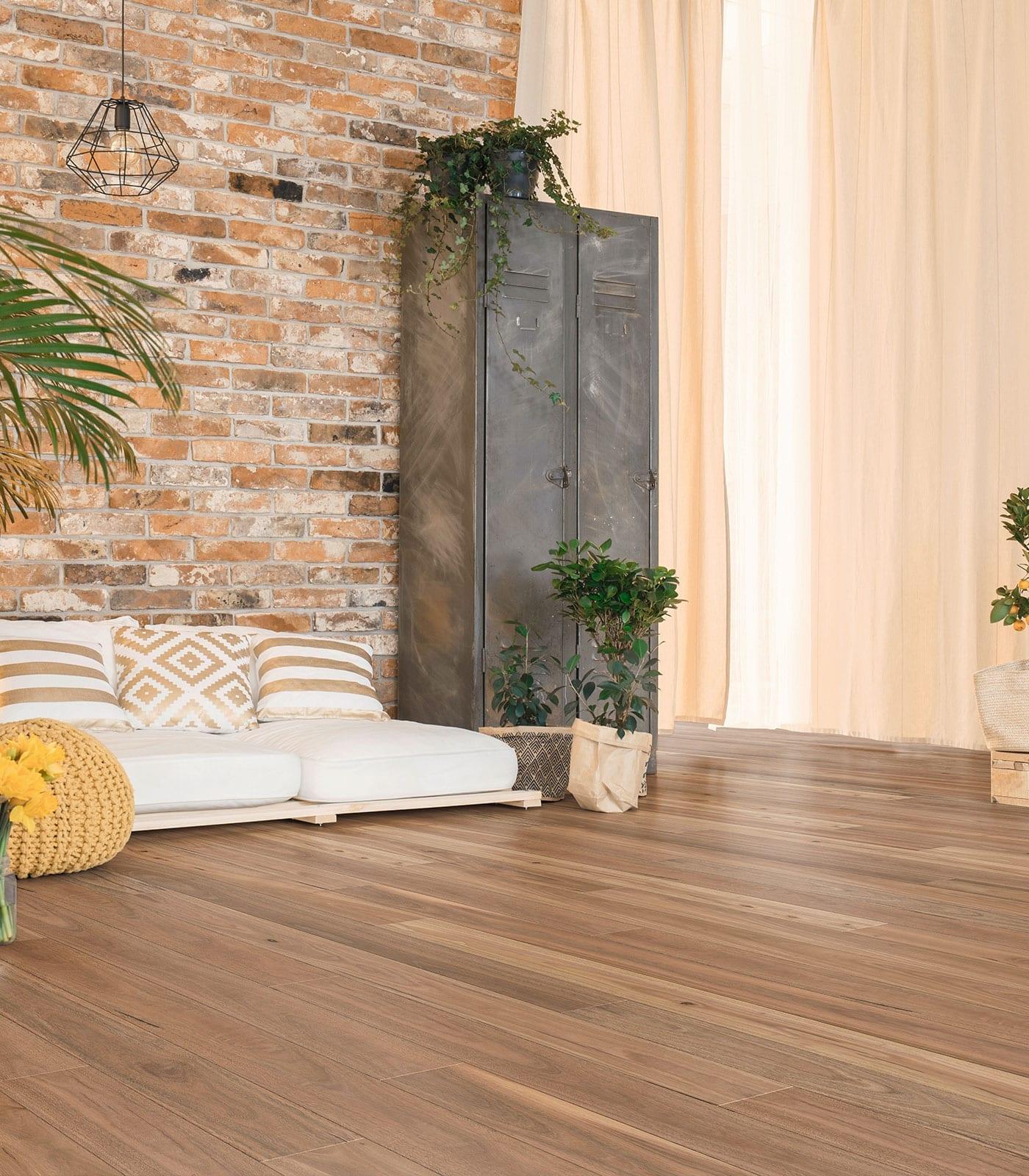 Spotted Gum-engineered floors