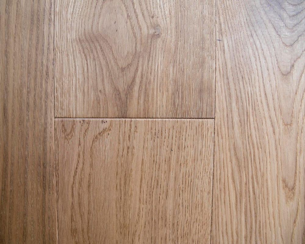 Rounded bevel-European oak floors